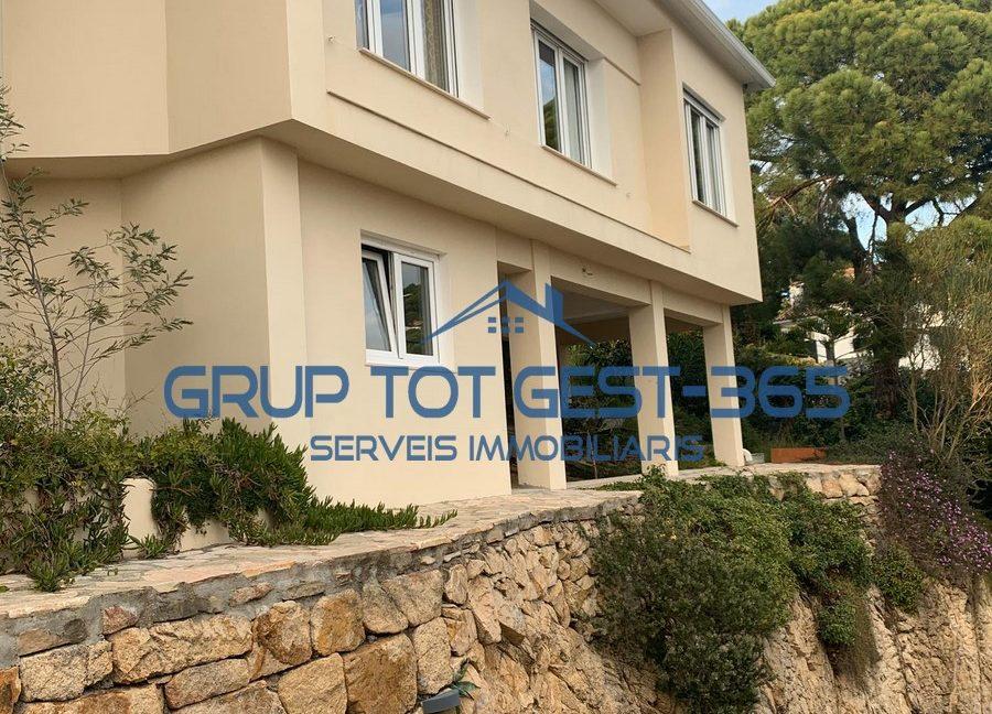 Casa Lloret Roca Grossa (1)