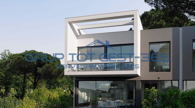 Villa adosada (1)