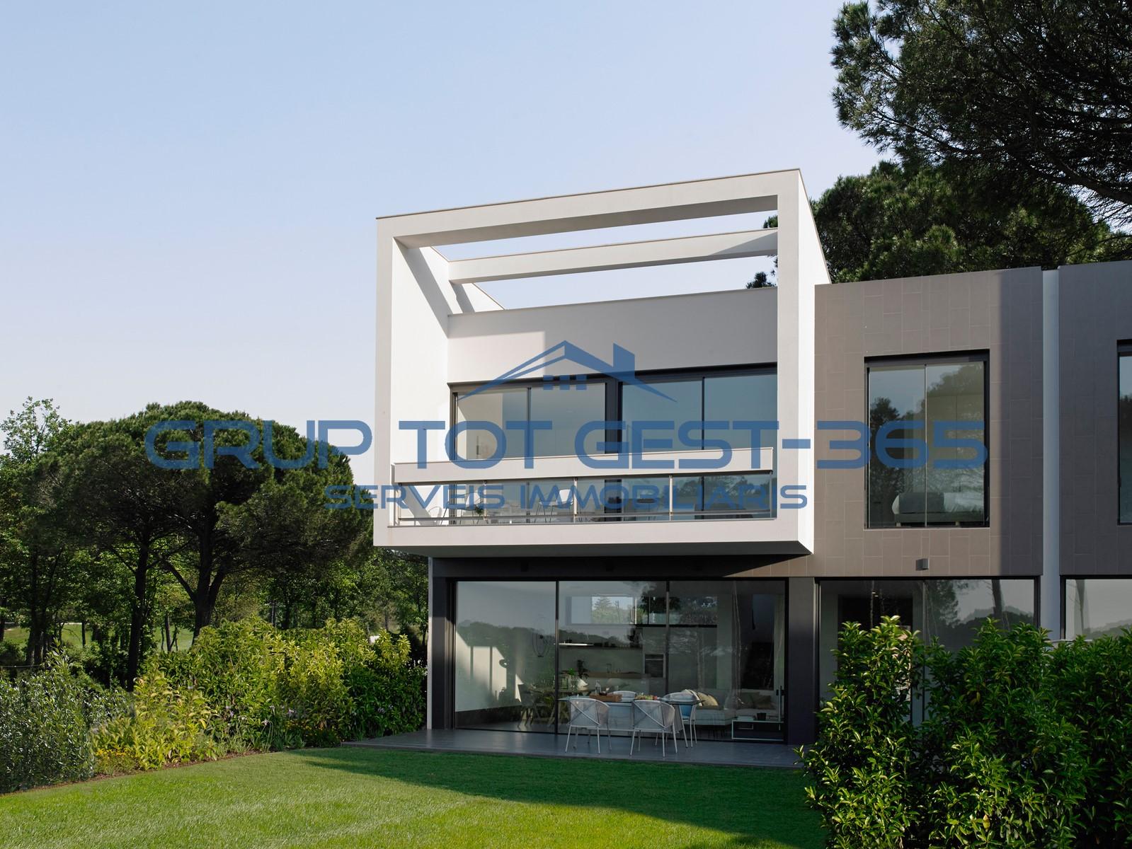 Villa adosada
