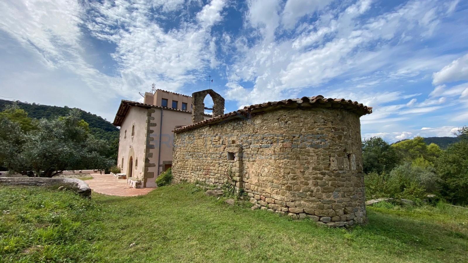 Шик и магия 16 столетия с личной церковью